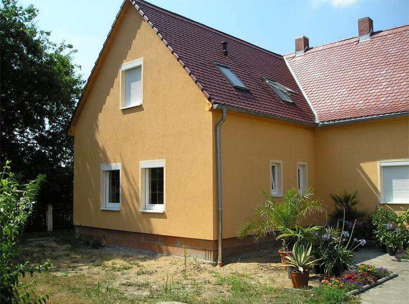 Anbau und Fassadenputz